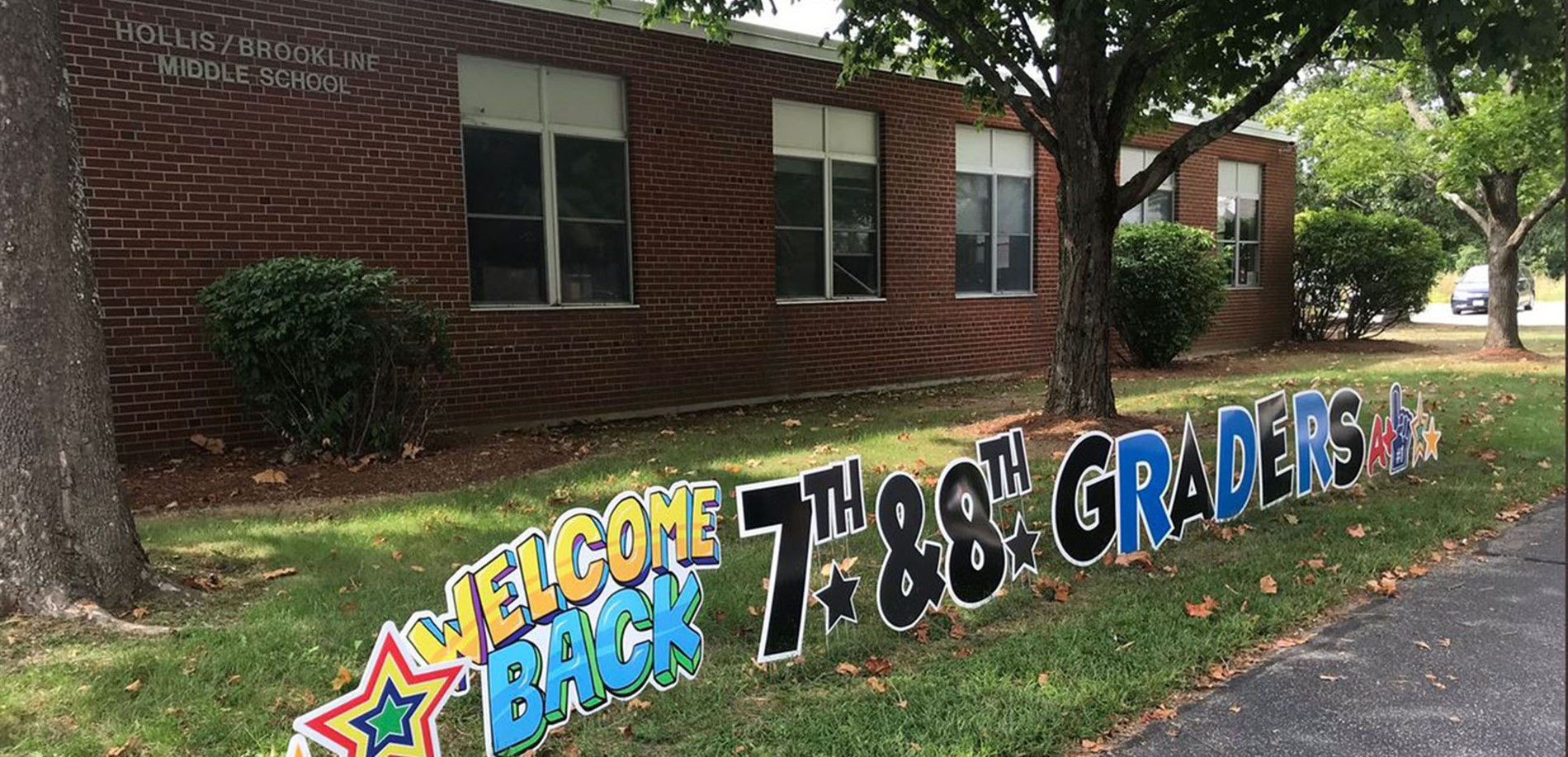 Welcome Back HBMS lawn sign